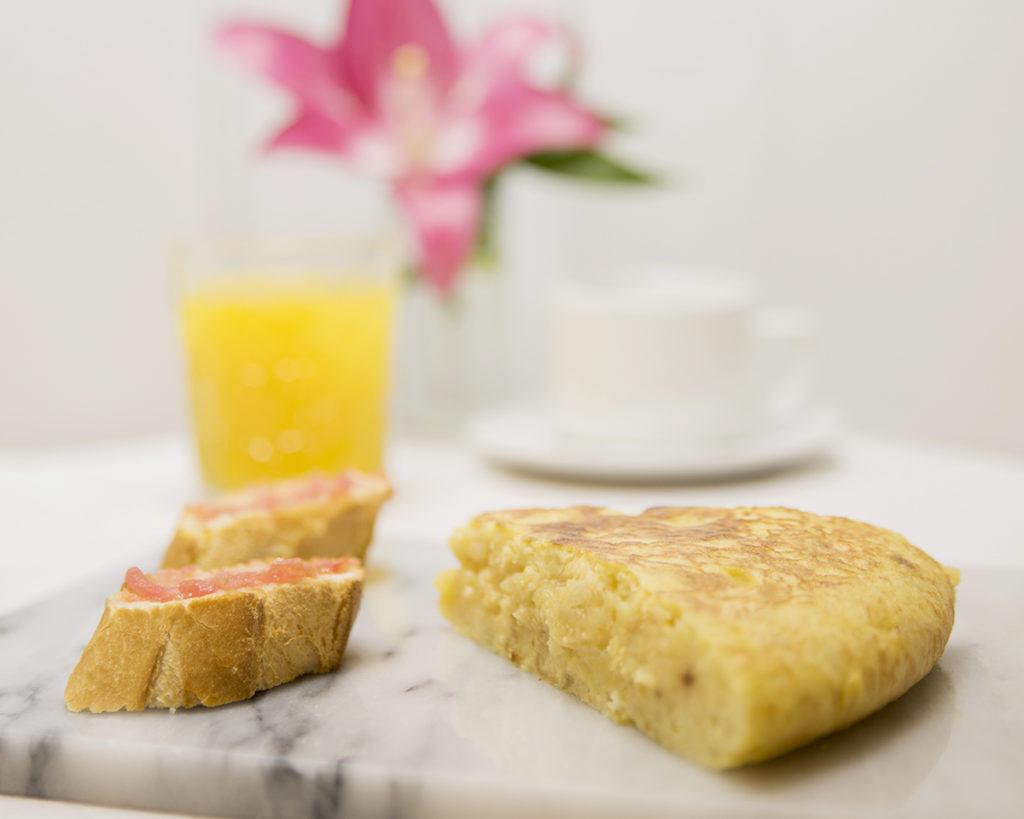 Un buen Desayuno en Zaragoza Mi HABITACION favorita tortilla de patata. SIN GLUTEN