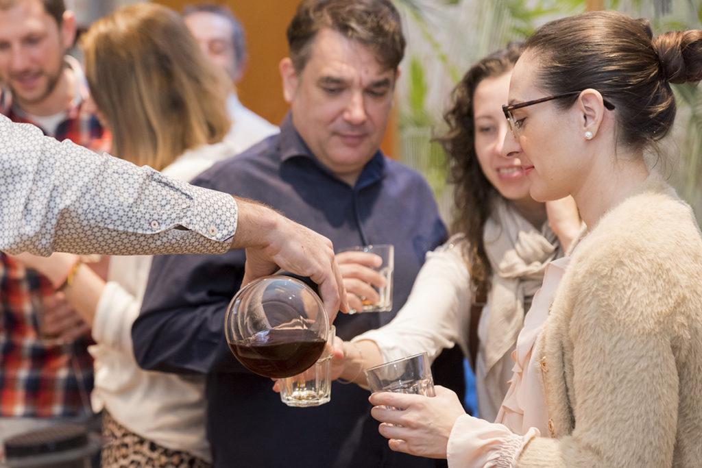 Probando Café de Especialidad  preparado en Filtro Zaragoza Mi HABITACIÓN favorita