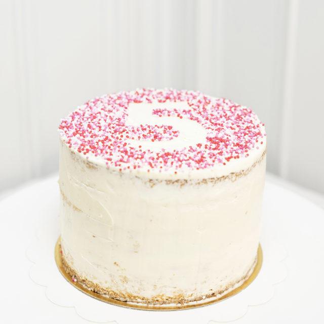 Tartas de Cumpleaños con númerosFresa y Vainilla.