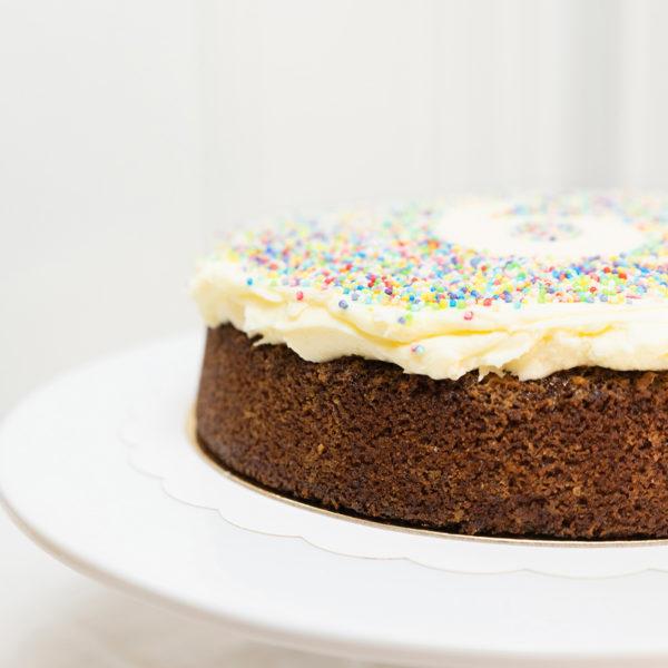 Tarta Cumpleaños Sin Gluten y Sin Lactosa.