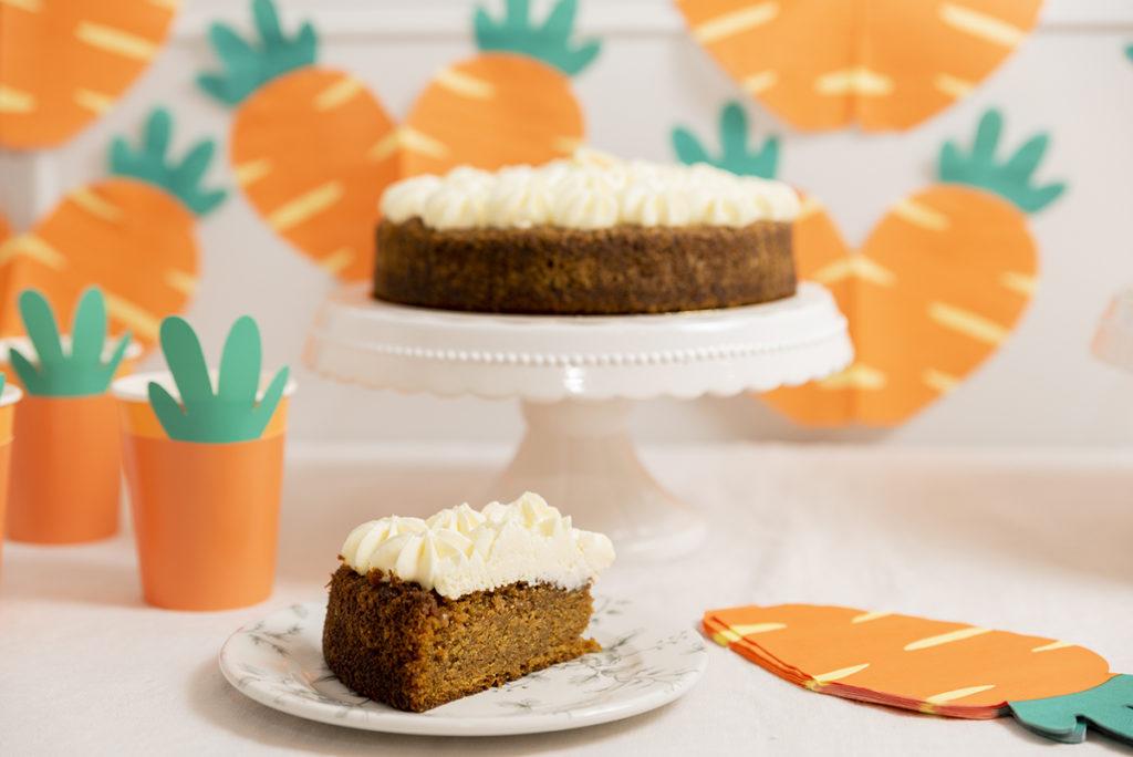 ón cumpleaños tarta de Zanahoria