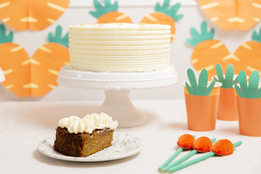 Súper Tarta de Zanahoria con decoracion cumpleaños