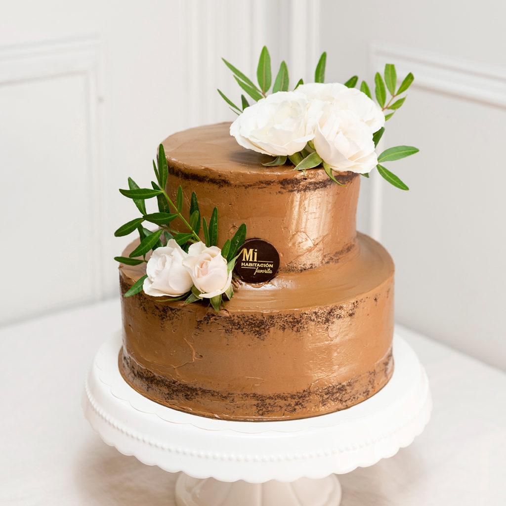 Tarta comunión decorada con flores