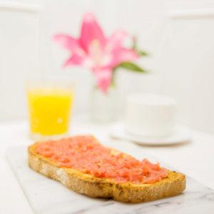 Menús de desayuno en Zaragoza Desayuno Tomate y Empeltre