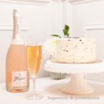 Botella italian rose y tarta de Stracciatella