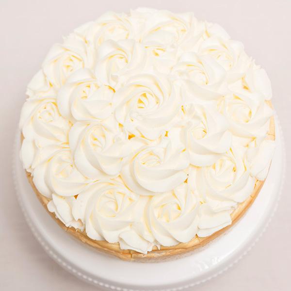 Tarta de queso de Limón decorada con flores