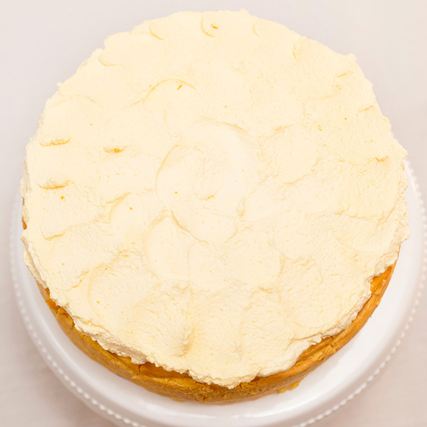 Tarta de queso de mango desde arriba