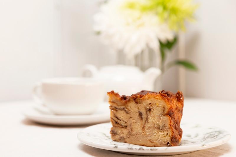 Menu desayuno en Zaragoza con pudding y café