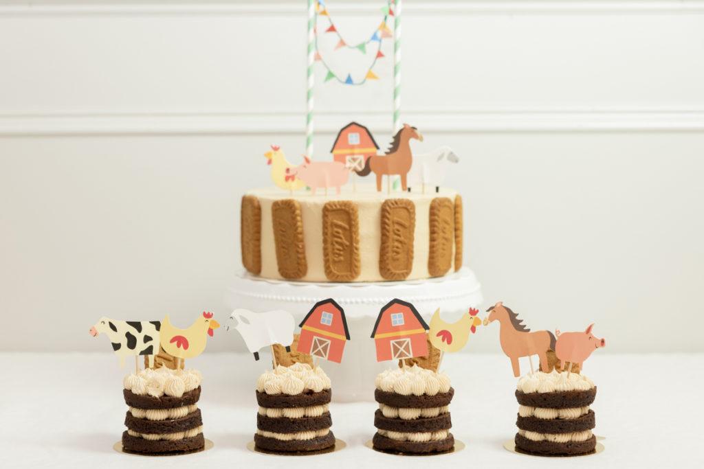 Tarta de Cumpleaños de Chocolate y Galleta con decoración de Granja