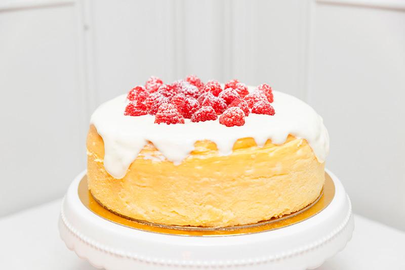 Postres para sorprender a tu familia tarta de Queso con frutos rojos